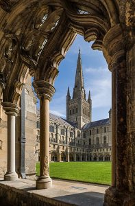 Photo of Norwich Cathedral from Wikipedia
